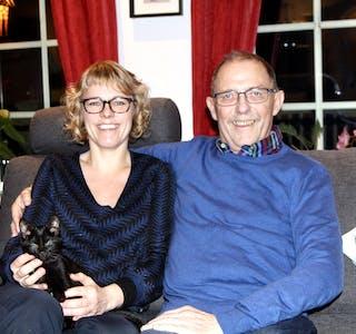 MED KVAR SI NYRE: Ann-Kristin Aaland og far Asbjørn er begge takknemlege. Den eine over å kunne hjelpe ved å gje bort ei nyre, den andre over at dottera var villig til å gje bort ei av sine.