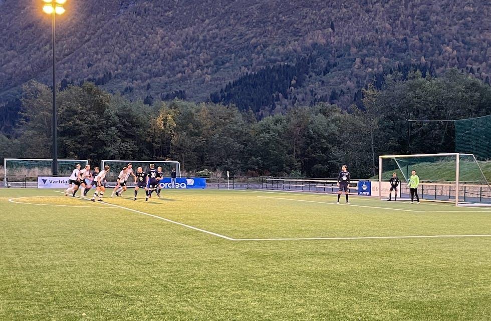 Det vart ein tung kveld i Ørsta for Vanylven FK tysdag kveld.